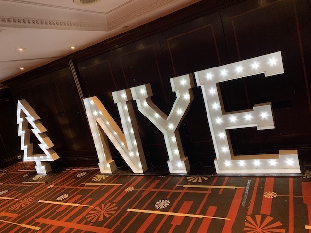 Light Up NYEl Letters