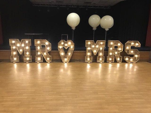 Rustic Light Up Mr & Mrs Letters
